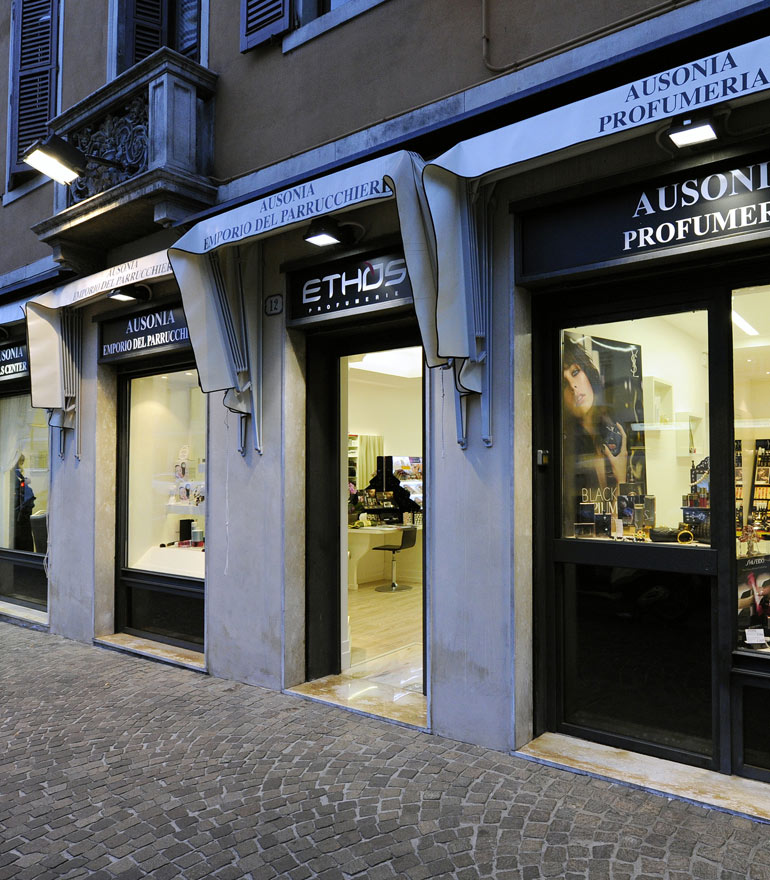 Prodotti professionali per parrucchieri ed estetiste